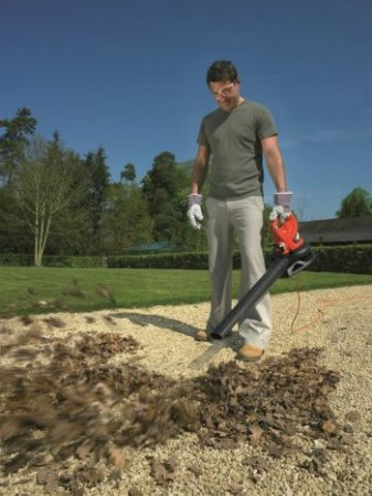 Как использовать садовый пылесос (воздуходув)